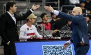 粤媒:北京主帅屡次抱怨 赛后还拉着主裁交流